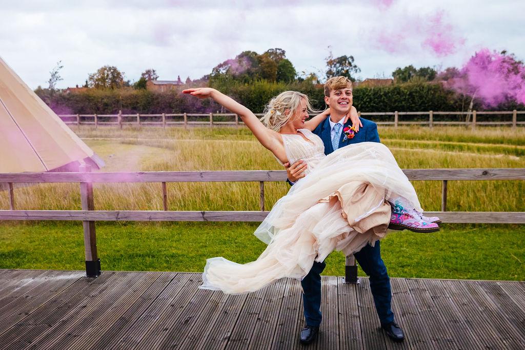 bright festival wedding - blank canvas wedding venue in nottinghamshire - unconventional wedding - alternative wedding blog