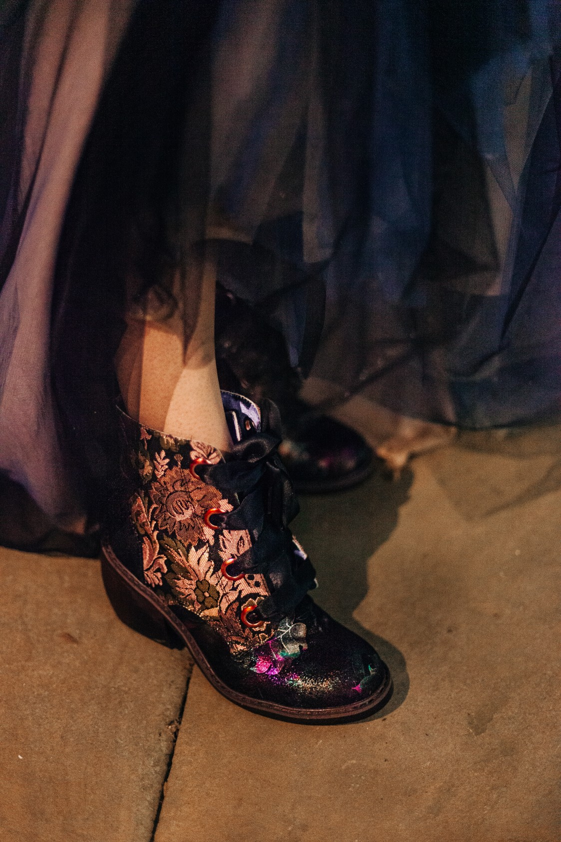 alternative bridalwear - gothic bridal wear - alternative wedding shoes - gothic wedding look