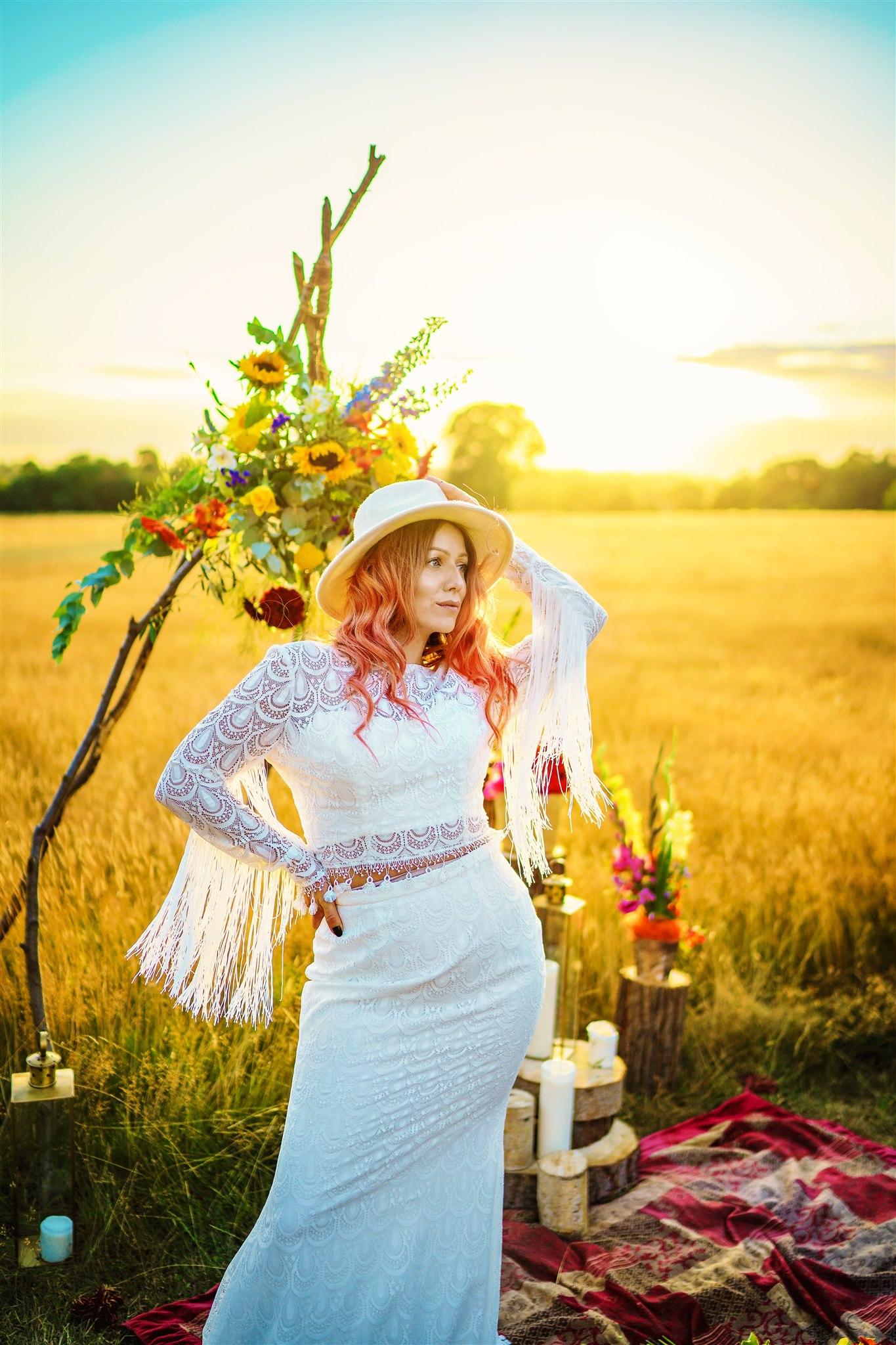 alternative bridal wear - tassel wedding dress - colourful bohemian wedding - 70s wedding - campervan wedding - hippie wedding