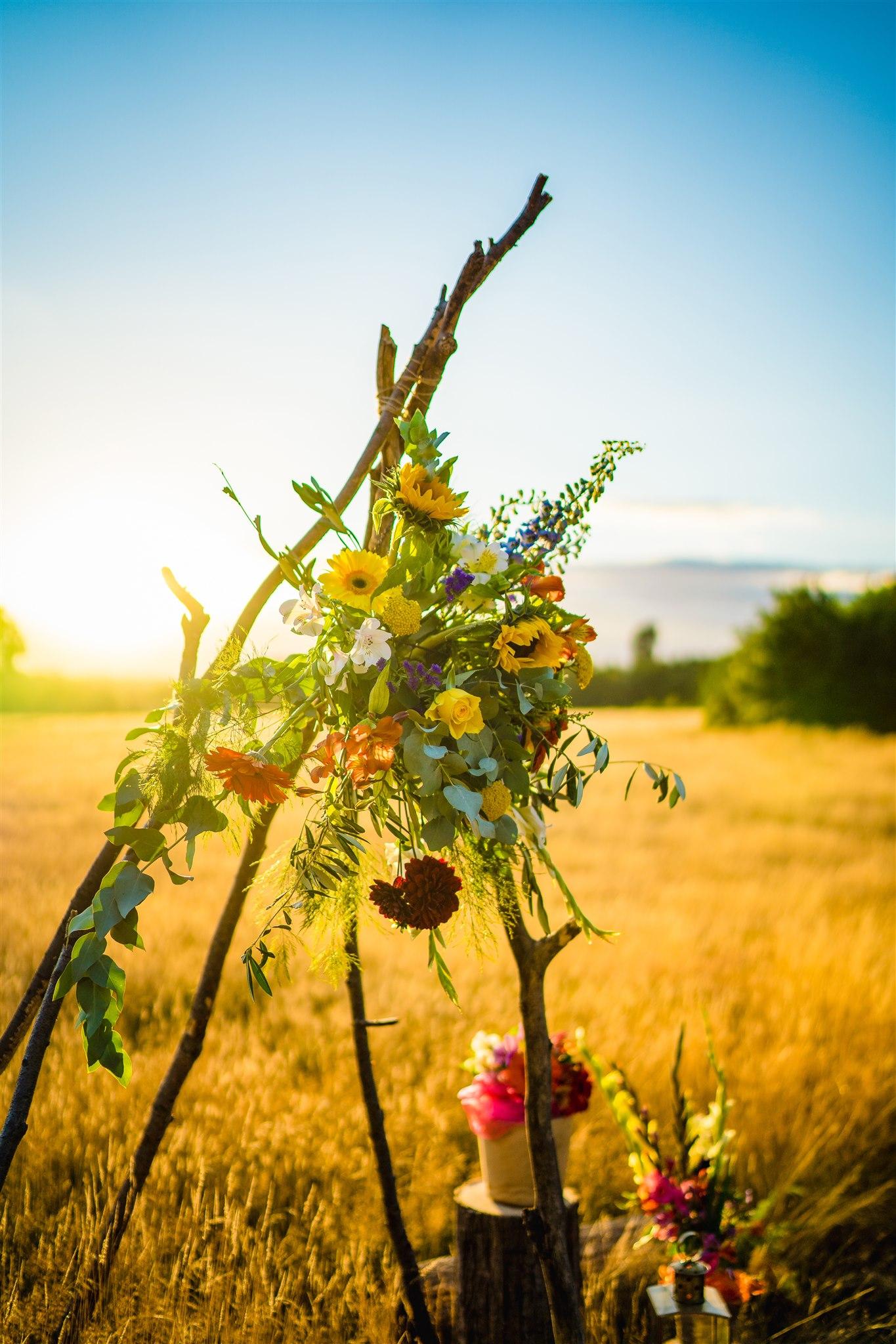 colourful bohemian wedding - 70s wedding - campervan wedding - hippie wedding - DIY wedding ideas - boho wedding styling