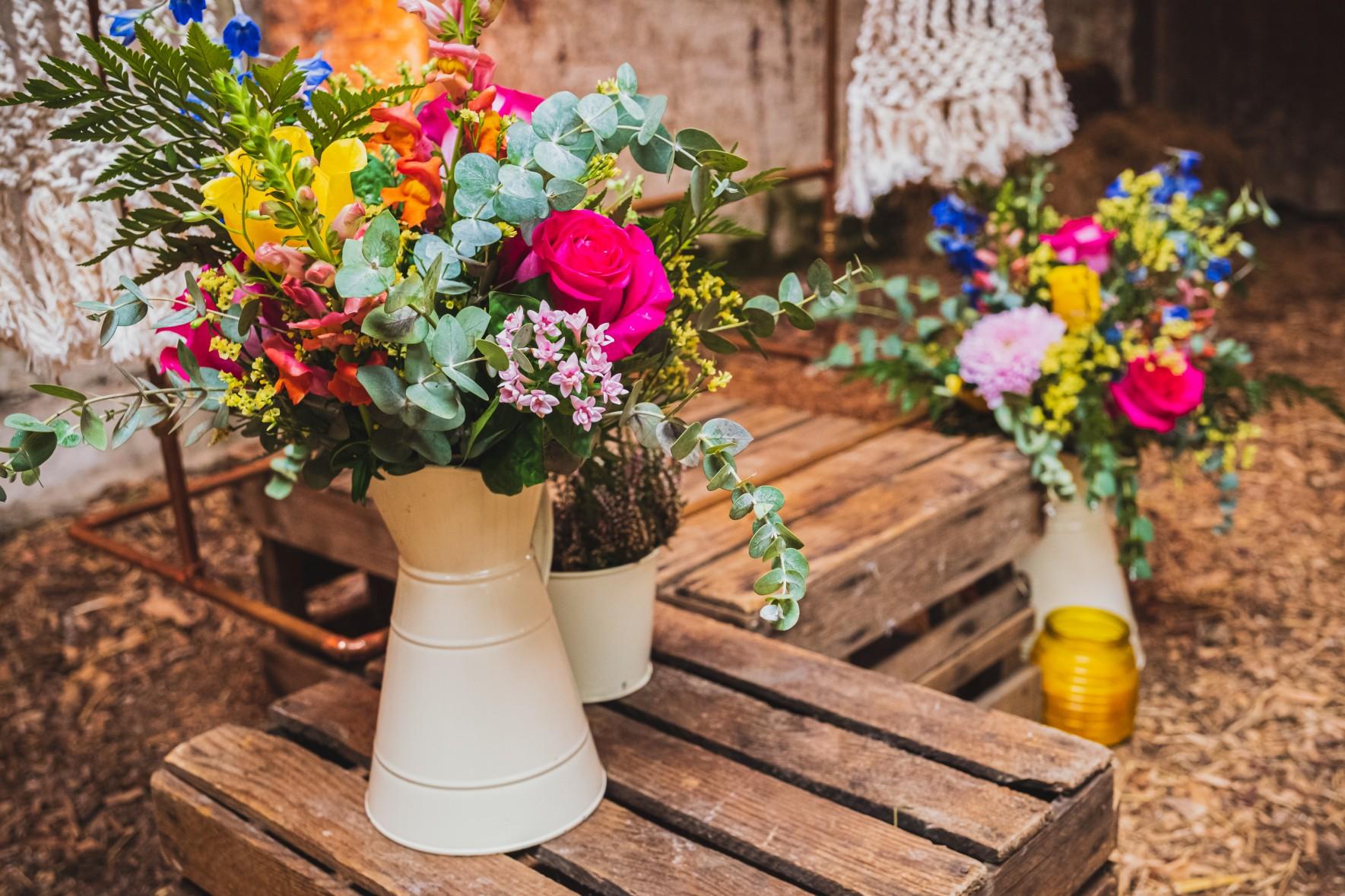 unique wedding flowers - boho wedding flowers - colourful wedding flowers - bright wedding flowers - unconventional wedding