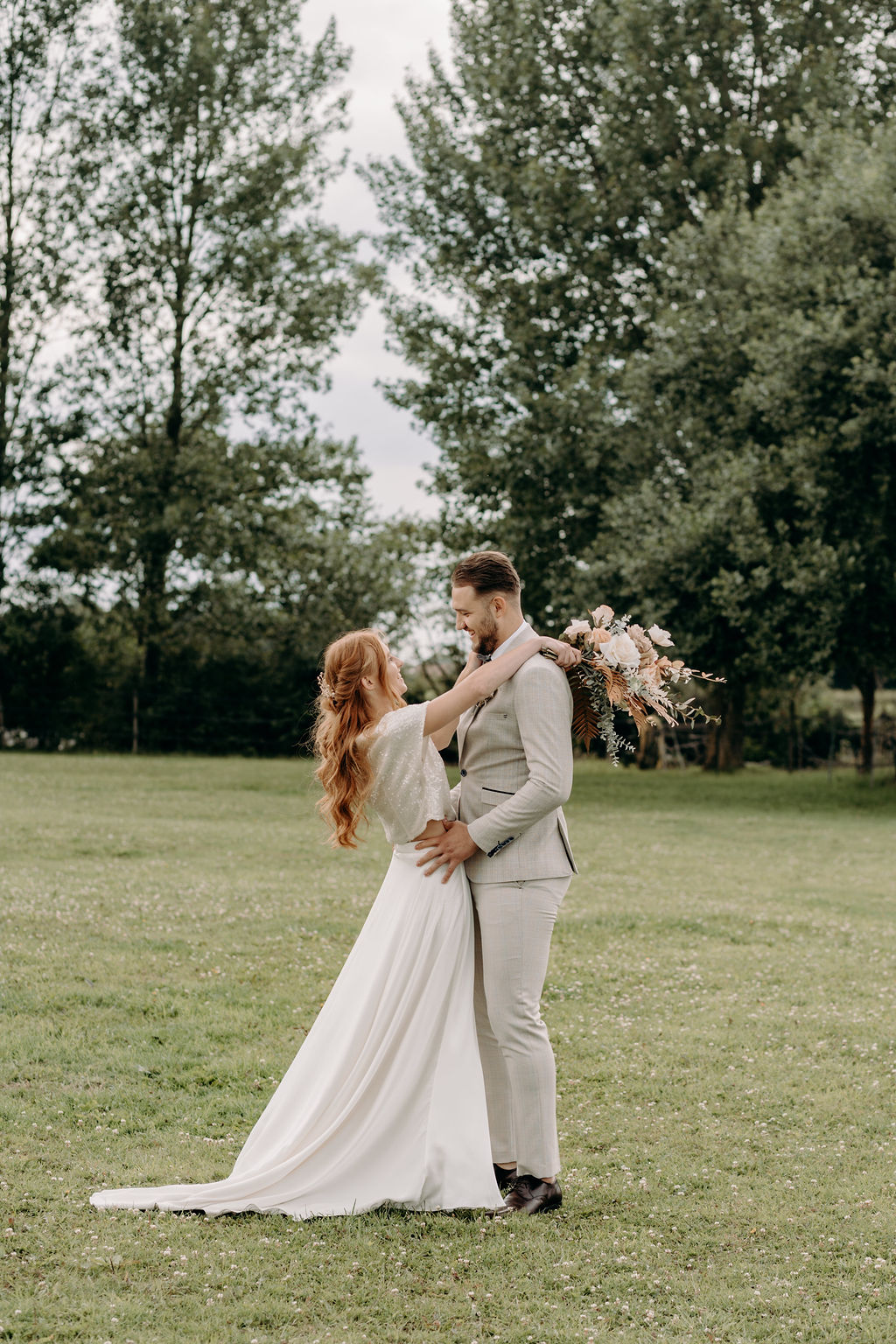 sustainable boho wedding - bohemian micro wedding - boho elopement - sustainable wedding - unconventional wedding