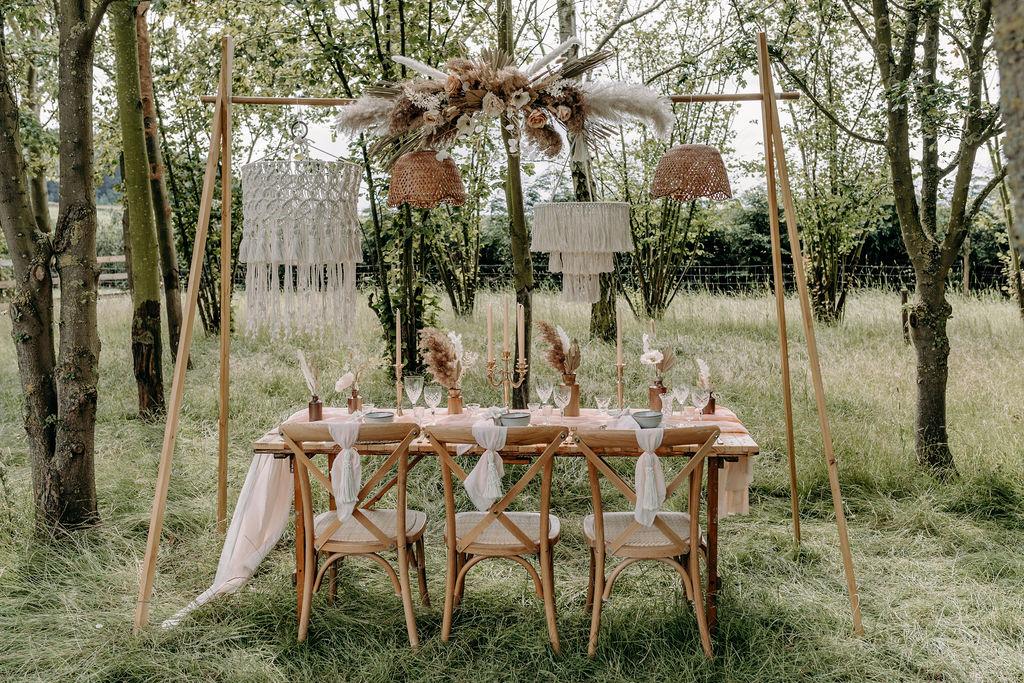 sustainable boho wedding - boho wedding styling - bohemian wedding decor - outdoor micro wedding - unconventional wedding - alternative wedding