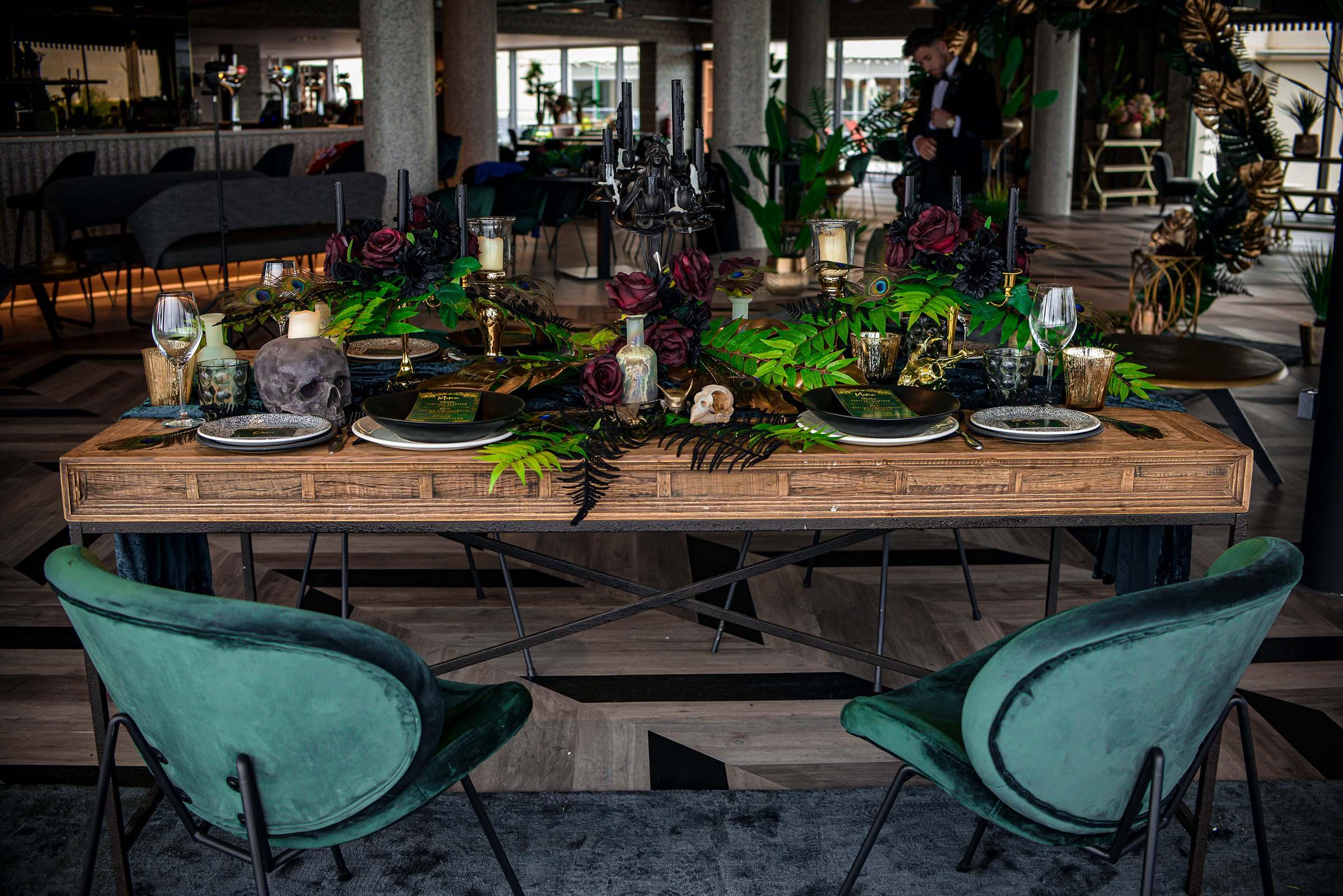 alternative luxe wedding - slytherin wedding - gothic wedding - alternative wedding - eclectic wedding table