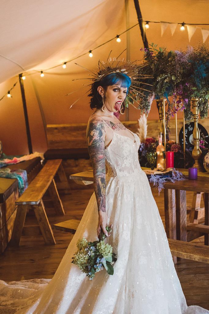 festival wedding - edgy bride - unique bridal look - alternative bridal headdress - bride with blue hair