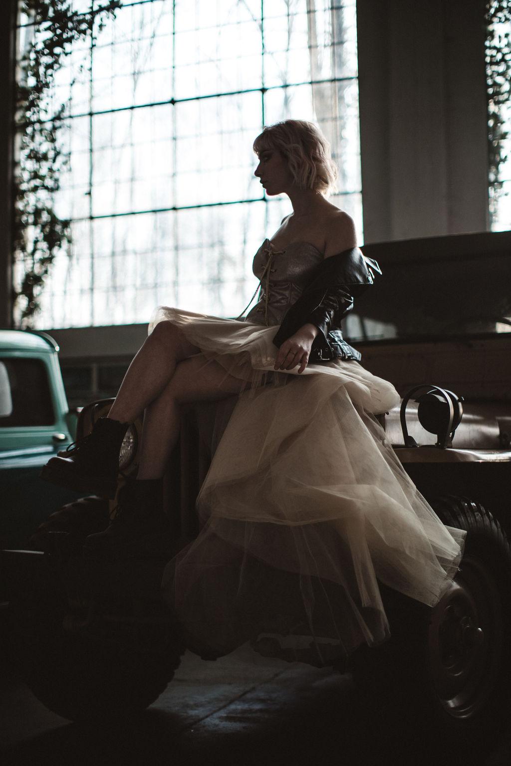 modern industrial wedding - alternative wedding - unconventional wedding - edgy wedding - artistic bridal photoshoot
