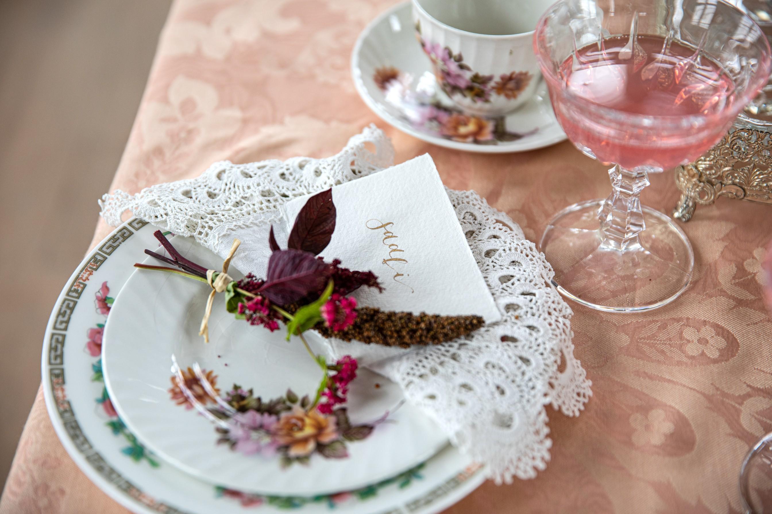 vintage wedding table - vintage wedding stationery - vintage place name