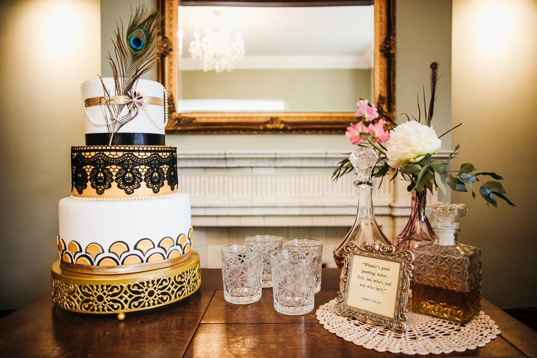 peaky blinders wedding - vintage wedding - 1920s wedding - themed wedding inspiration - art deco wedding cake - vintage wedding cake - alternative wedding cake
