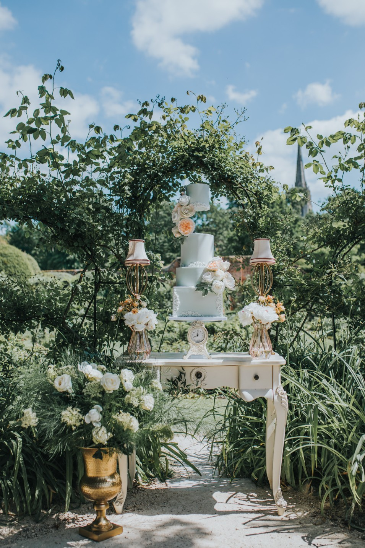 bridgerton wedding - regency wedding - whimsical wedding - vintage wedding decor - unique wedding cake