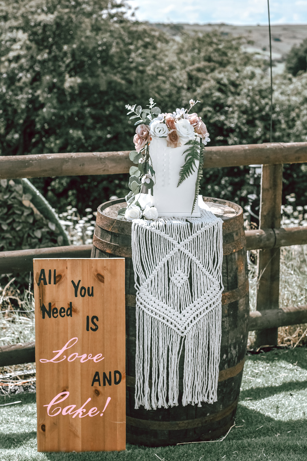 rustic festival wedding - boho wedding cake - small wedding cake - unique wedding cake