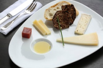 Jordan_Winery_Tour_and_Library_Tasting_Healdsburg_Cheese_Plate_0782