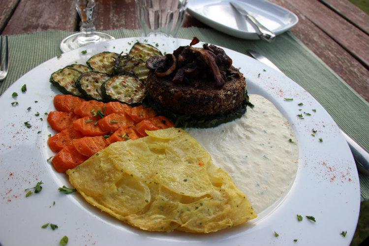 Steak aux champignons végétalien à la maison du vert