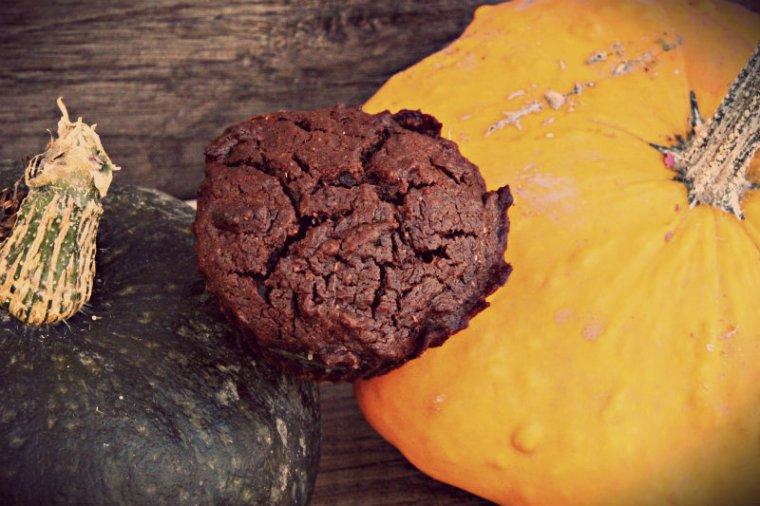 Muffins végétaliens au chocolat et à la noix de coco, sans lait, sans matière grasse, sans oeuf
