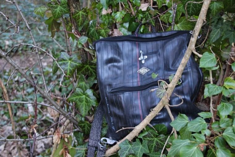 sac à dos saute ruisseau de la marque française Fantôme