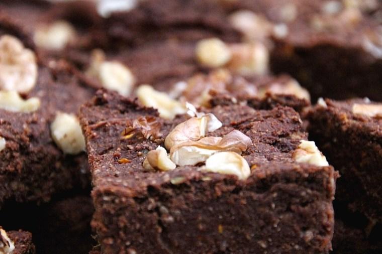 Brownies à la courgette végétaliens et à IG bas