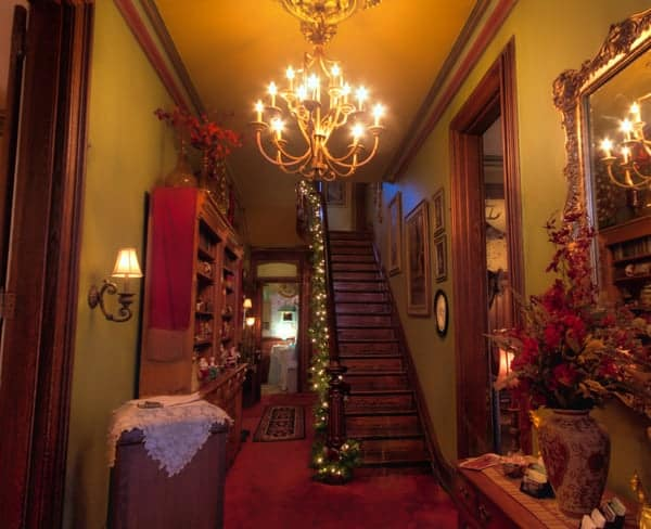 Haunted Mansion Holiday Foyer Music : Spending a haunted christmas at hegarty mansion in