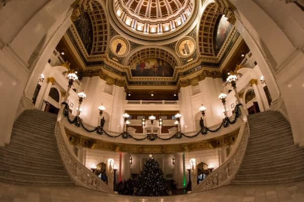 Places to shoot photos in Harrisburg: PA Capitol