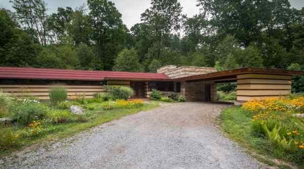 Frank Lloyd Wright's Duncan House at Polymath Park in Pennsylvania