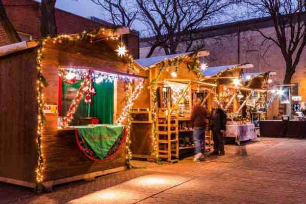 The 9 most festive christmas towns in pennsylvania for Best places to visit for christmas in usa