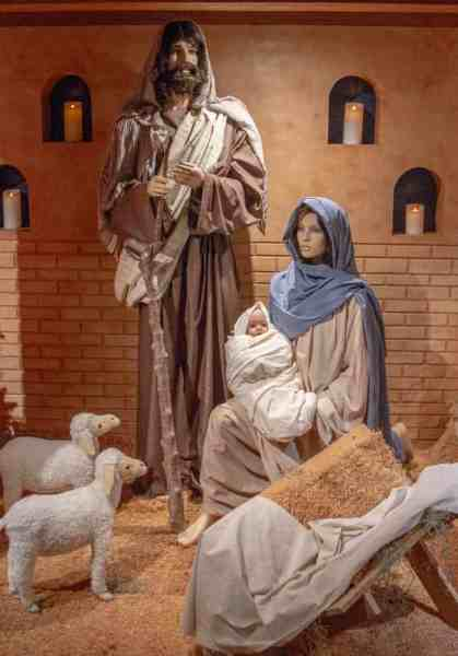 Nativity set at Kraynak's Christmas Display in Hermitage, PA
