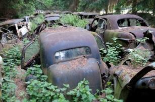 chatillon-car-graveyard-35