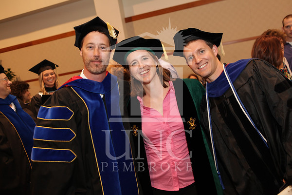 https://i2.wp.com/uncpphoto.smugmug.com/Events/2013/Spring-Graduate-Commencement/i-LxSWQCh/0/M/print_grad_commencement_1565-M.jpg