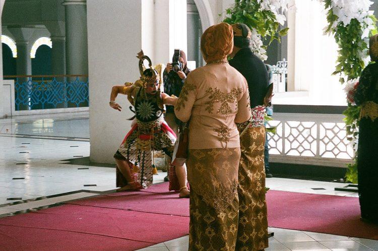 pelaksanaan pernikahan adat jawa