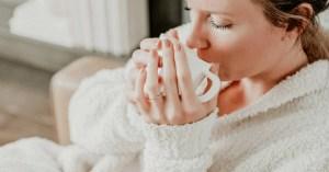 woman-drinking-tea-in-best-postpartum-pajamas