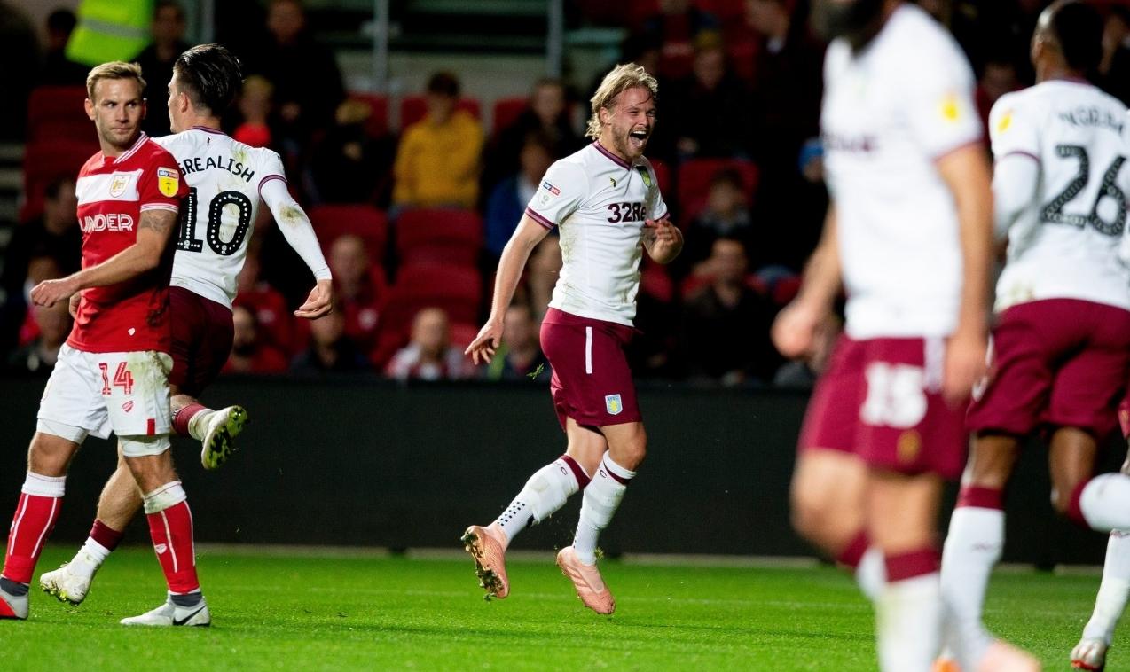 Aston Villa Birkir Bjarnason