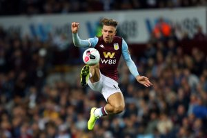 Aston Villa Struggle To Make Chances Pay Against 10 Man Hammers