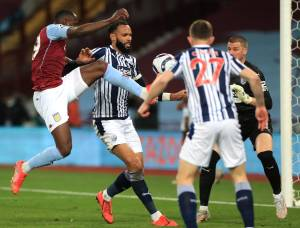 Keinan Davis' first Prem goal gifts Aston Villa last-gasp point against Baggies