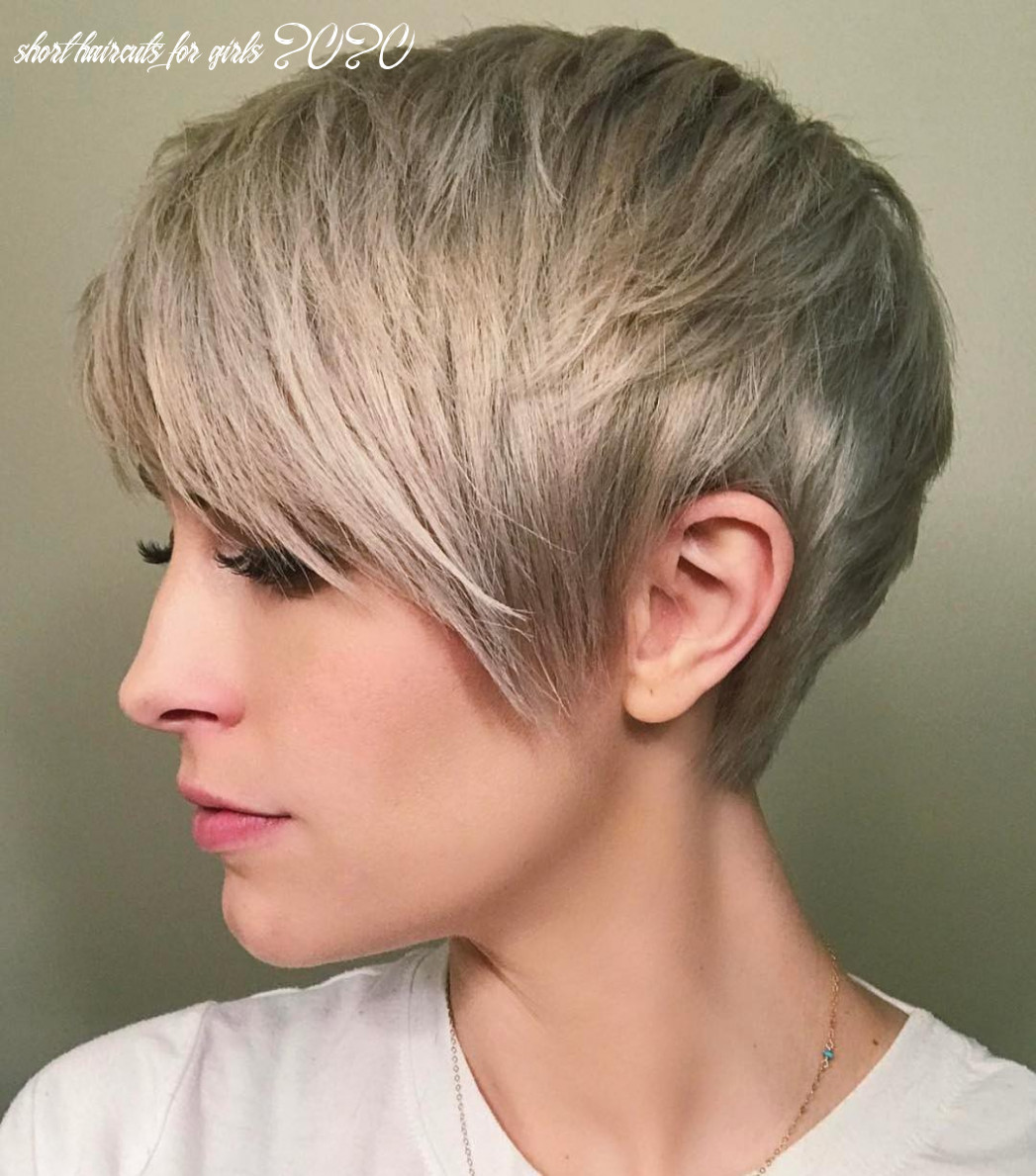 9 Best Short Straight Hairstyle Trends 9