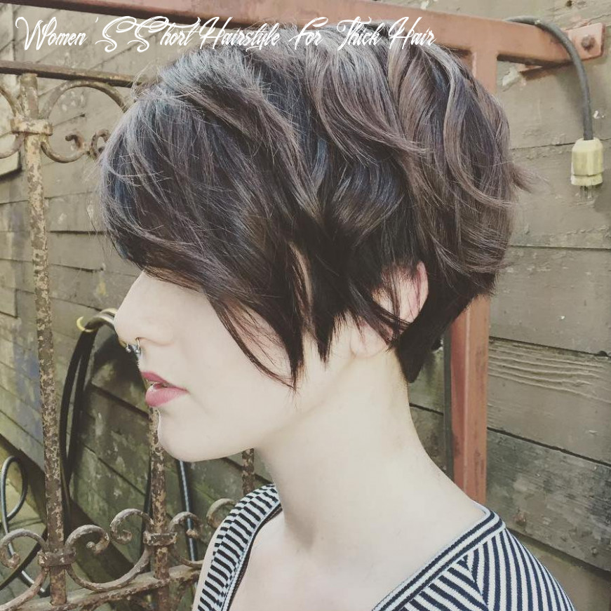 10 Best Short Hairstyles for Thick Hair in 10 - Hair Adviser