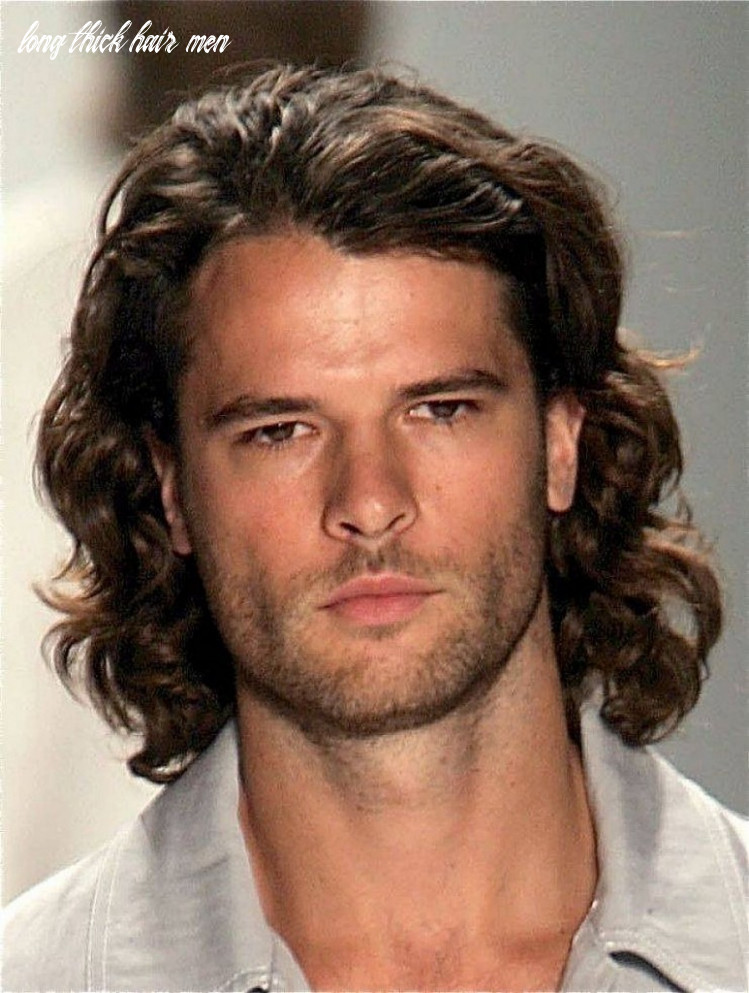 11 Stylish Curly Hairstyle & Haircuts For Men [11 Edition]