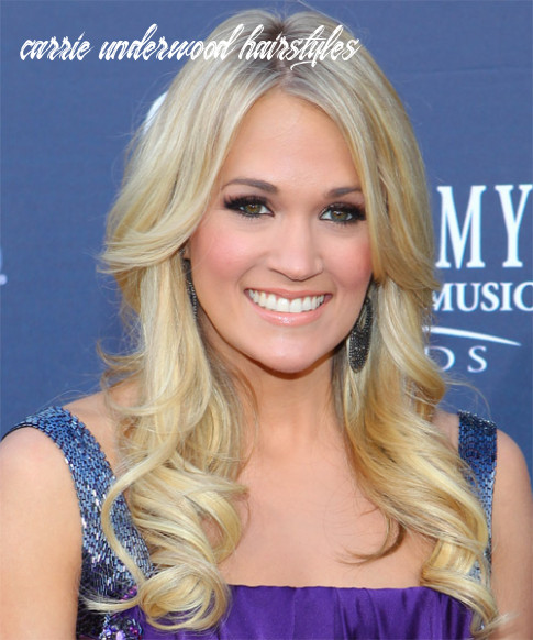 12 Carrie Underwood Hairstyles, Hair Cuts and Colors