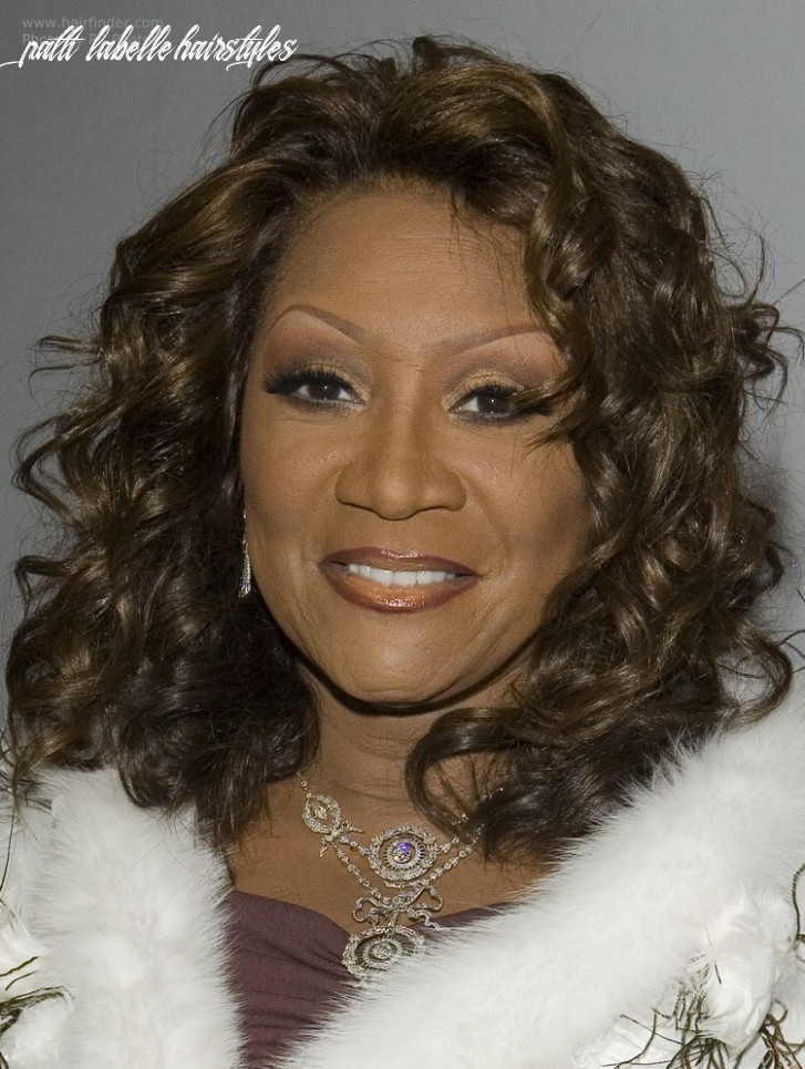 Patti Labelle with long curly hair