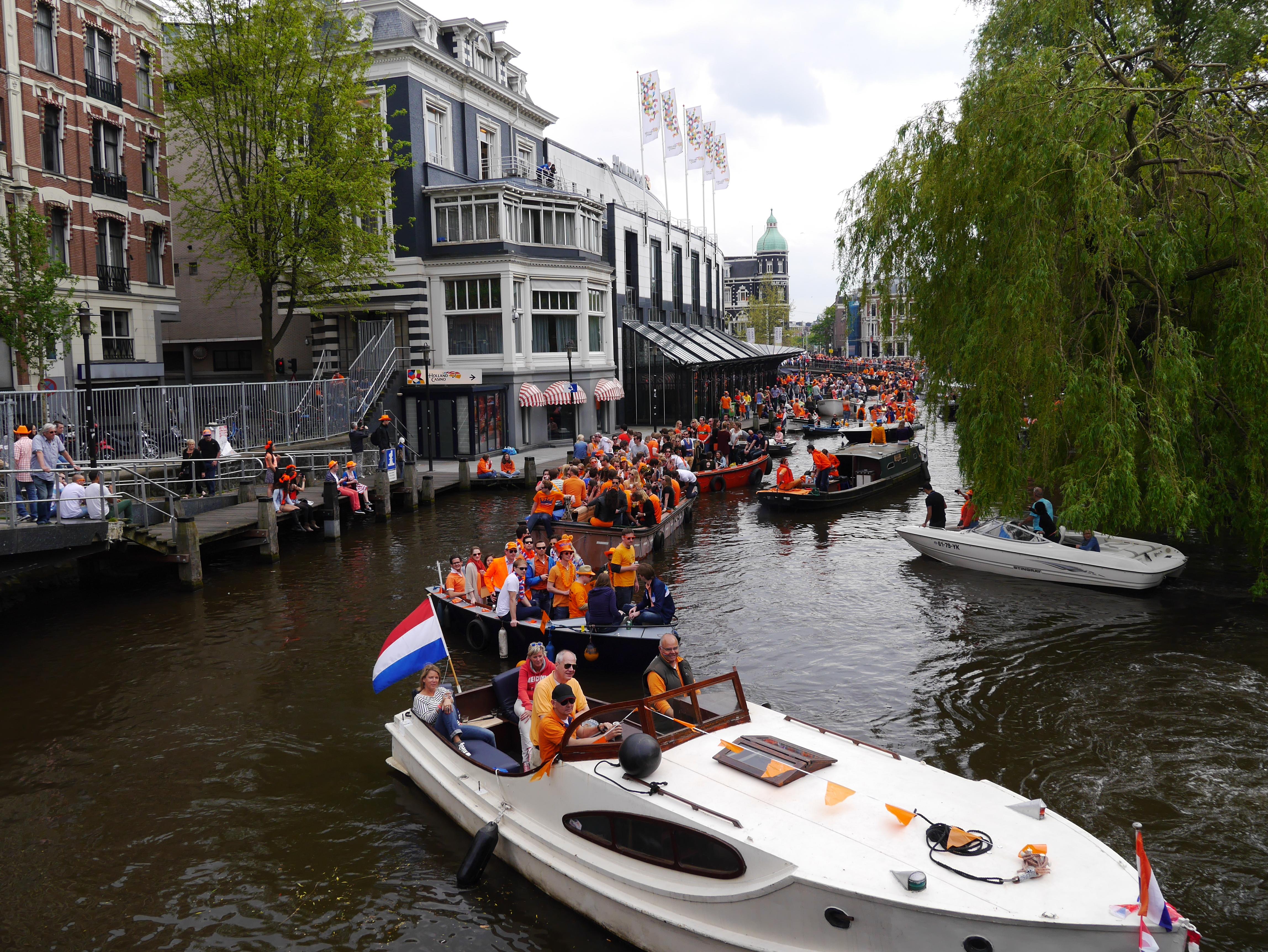 每年四月荷蘭人都瘋狂的國王節怎麼玩? 完整介紹與攻略都在這裡!