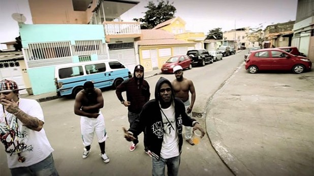 Vídeo: Eliei feat Dj Walgee, Dr Pakassa, Maxado e BG - Organiza-te