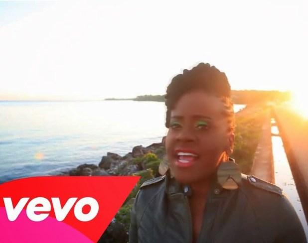 Vídeo: Etana - Thy Will Be Done ft. Jo Mersa Marley