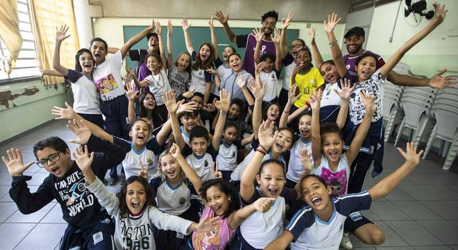 Hip Hop invade a sala de aula e transforma vida de alunos em SP