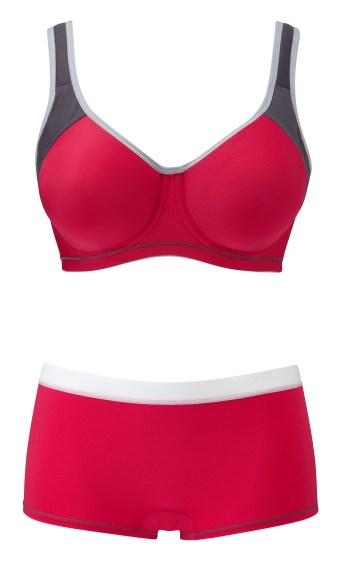 Moulded sports bra and short