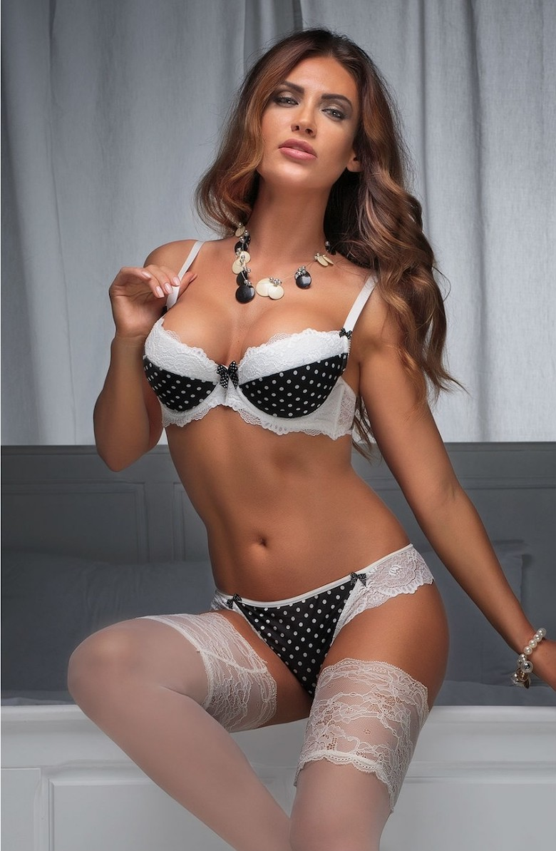 New lingerie and hosiery collections from Alterego - Underlines Magazine 4bbdd27a5