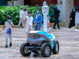 CoronaVirus_Security_YasMall_Robot_TheNational