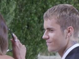 Justin & Hailey Bieber had 'Selena' chanted at them outside the Met Gala
