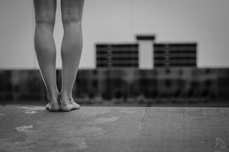 On the edge, by Alex Voyer du blog Sink & Swim