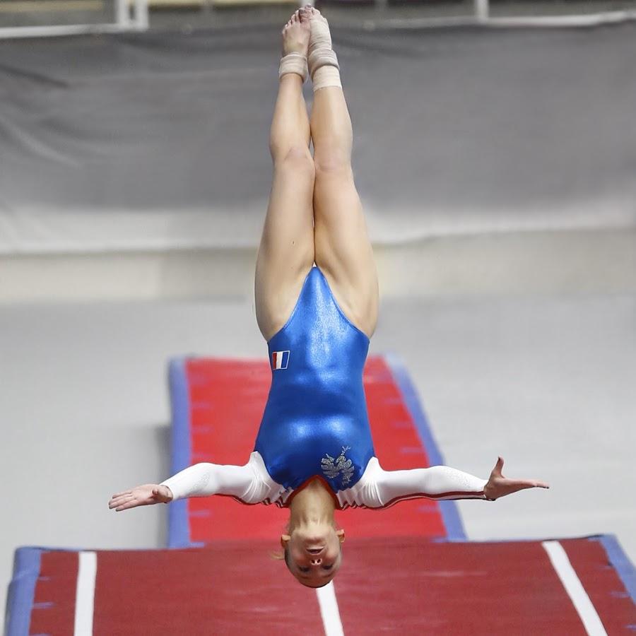 Lauriane Lamperim, gymnaste de l'équipe de France de Tumbling, médaille européenne et mondiale, a subit une blessure au dos lors d'une chute acrobatique.