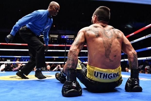 Manny Pacquiao Beats Matthysse