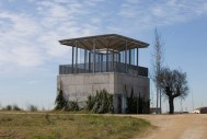 Imma Jansana. Mirador encima de una infraestructura hidráulica en los humedales del Río Llobregat