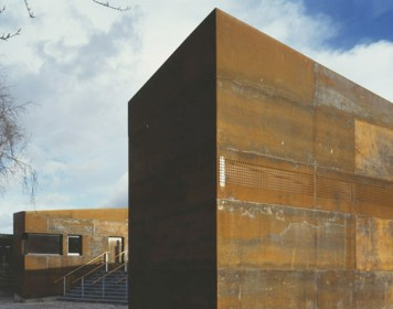 Sarah Wigglesworth Architects, Cremorne Riverside Centre, 2009.