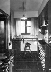 Margarete Schütte-Lihotzky, Cocina de Frankfurt en 1927